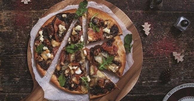 pear-prosciutto-and-walnut-pizza