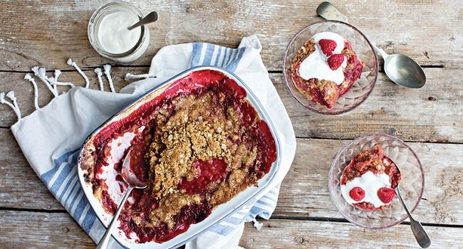 Easy Rhubarb Crumble Recipe