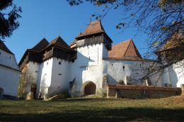 Viscri's ancient fortified church1