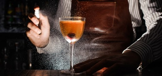 In Bartenders We Trust - A Insider's Guide to Drinking Like a Bartender
