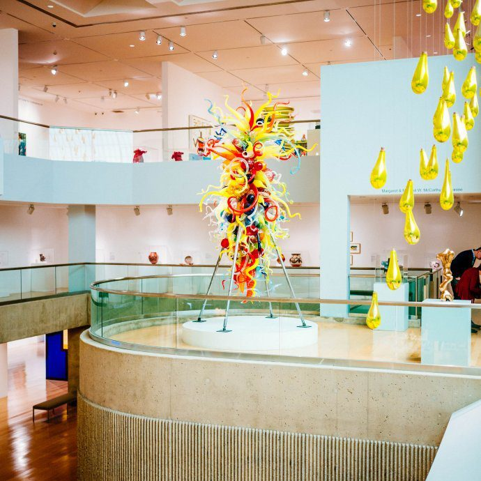 If you love to wander around the modern art you must visit the Palm Springs Art Museum, The Taste SF