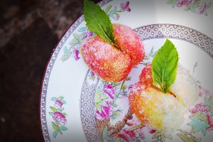 Italy_Pesche Dolci - Italian Custard Filled Peach Cakes Recipe