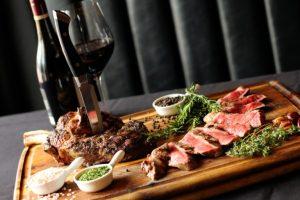 Steak and wine pairing