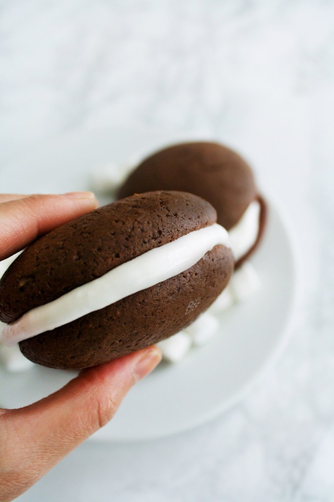 chocolate-whoopie-pies-1