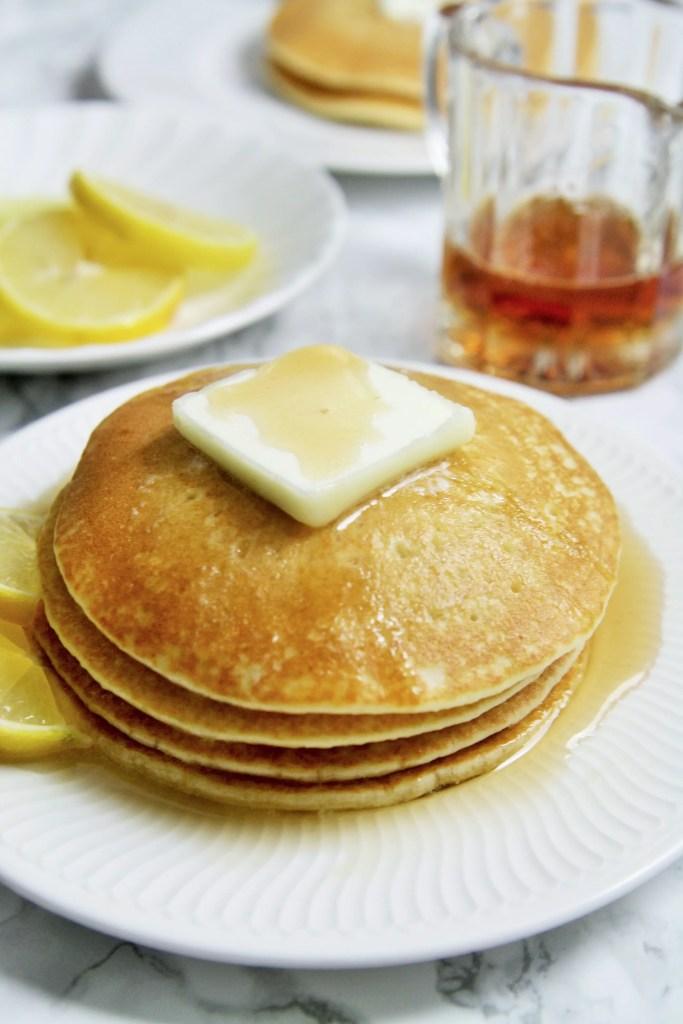 lemon-ricotta-pancakes-2