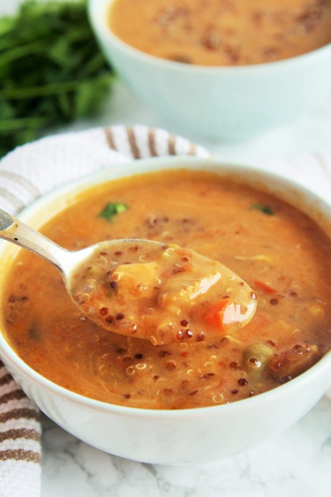 chicken-enchilada-quinoa-soup-2