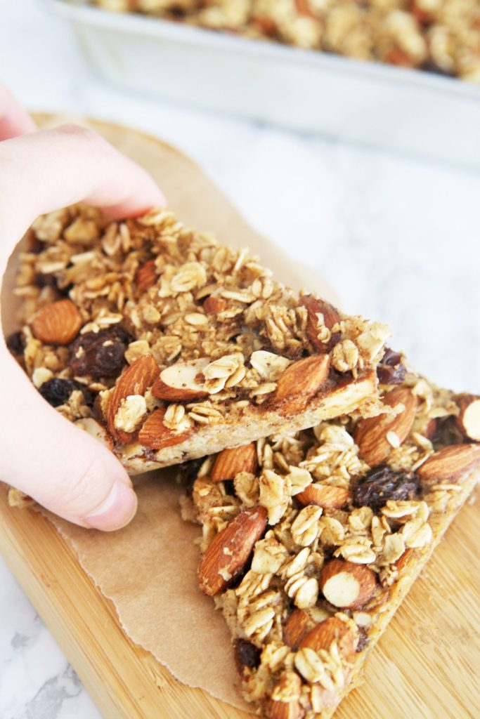 almond-blueberry-oatmeal-bars-4