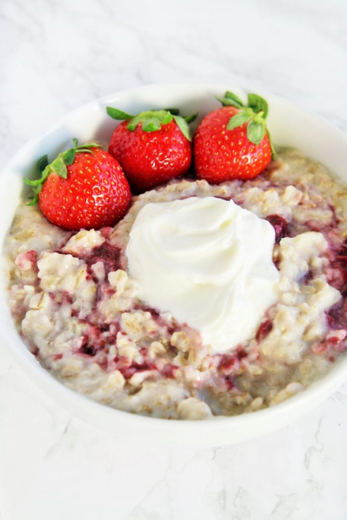 strawberry-cream-oatmeal-3
