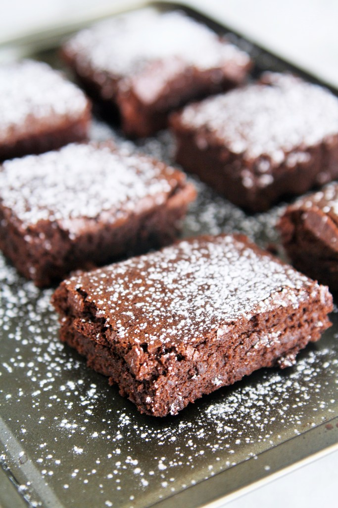 thick-chocolate-fudge-brownies-1