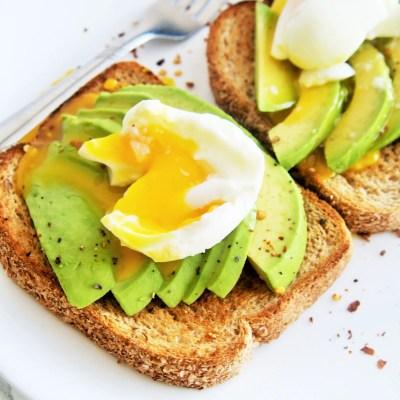 Avocado Egg Toasts {Easy Way to Make Soft Boiled Eggs}