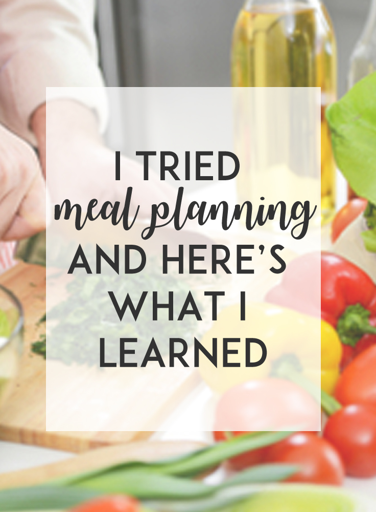 Do you meal plan? Meal planning provides so many benefits, including helping you save time and money, while making it easier for your to eat healthier, and more!