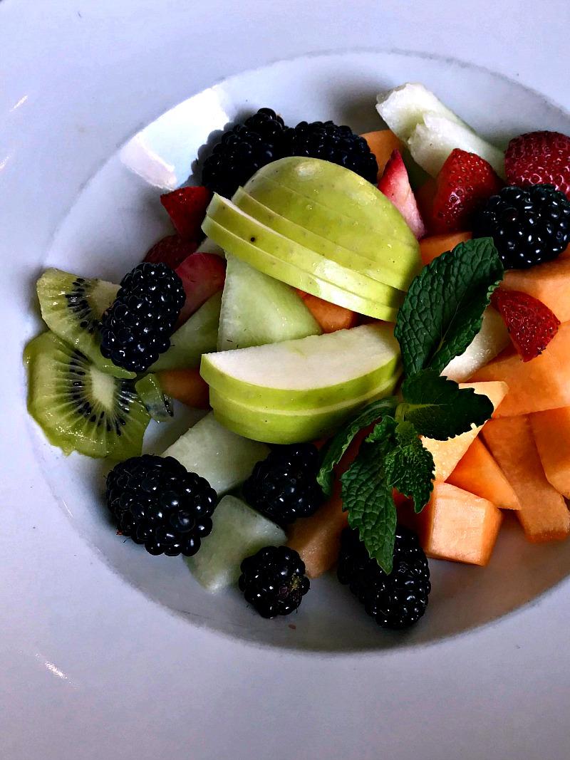 Kitchen 324 fruit plate