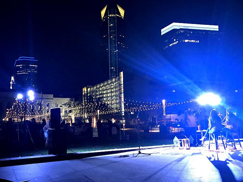 live music Starlight Supper