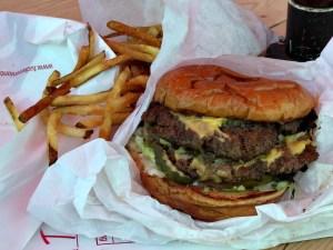 tucker's double onion burger
