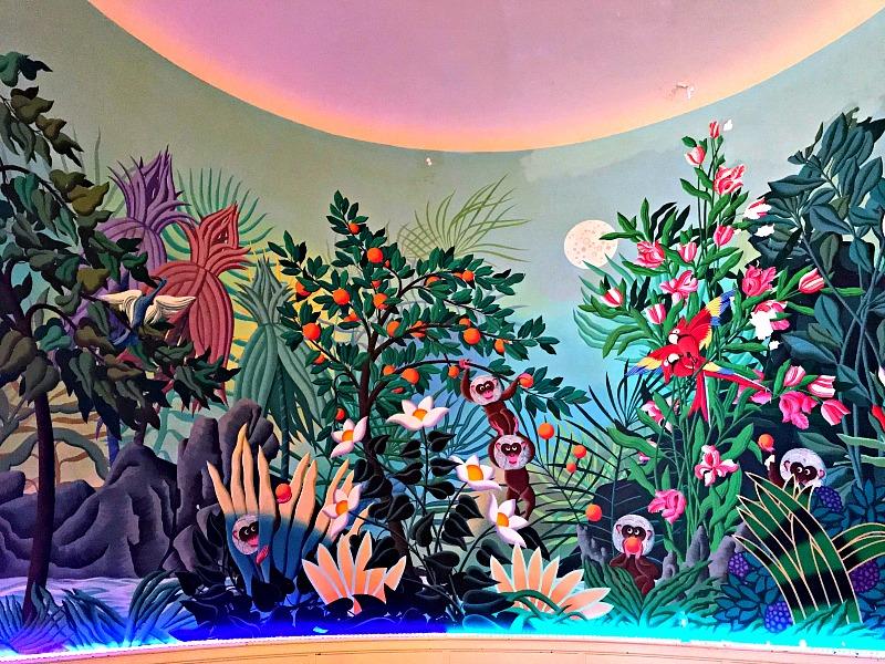 Arlington Hotel bar mural