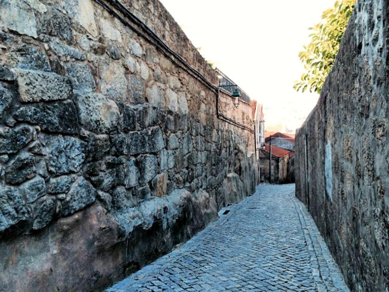 stone streets in Porto