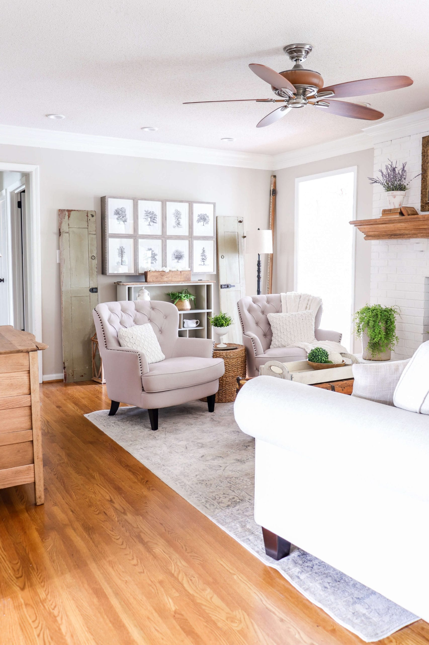 Welcome Home Saturday: Simple Spring Home Tour: