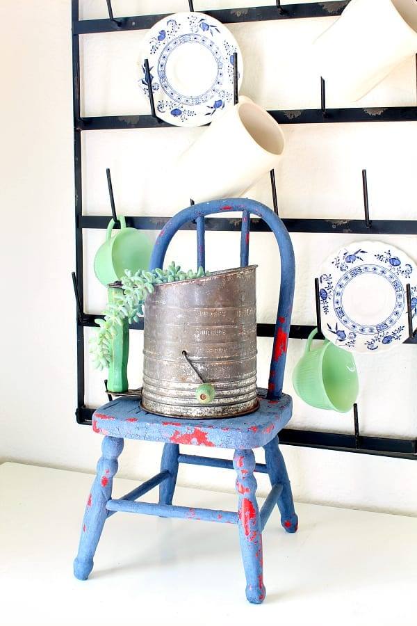 this sifter is the perfect place to plant this trailing succulent.