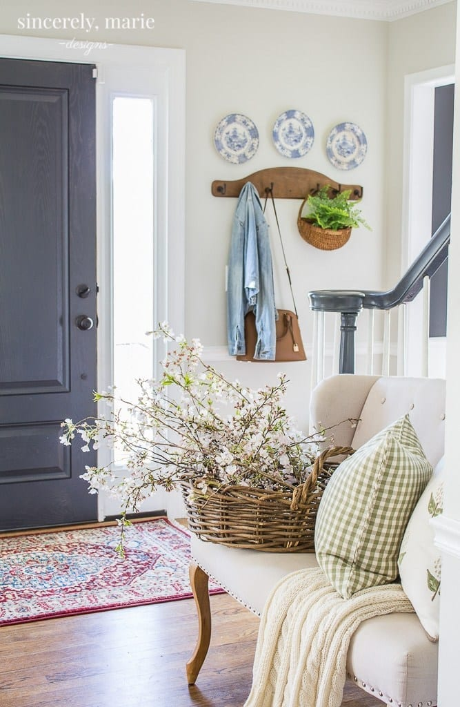 Spring decorating inspiration with natural elements.