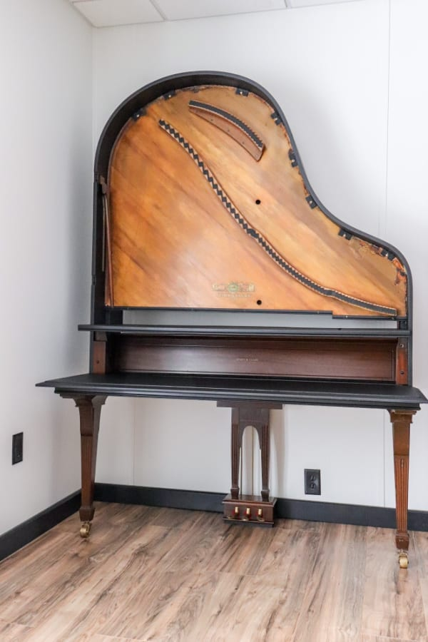 Welcome Home Saturday: We made an old piano new again
