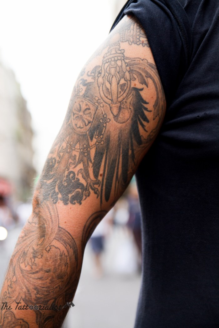 inked boy in the street, tattooed by Sanhugi and Artcorpus ©the tattoorialist