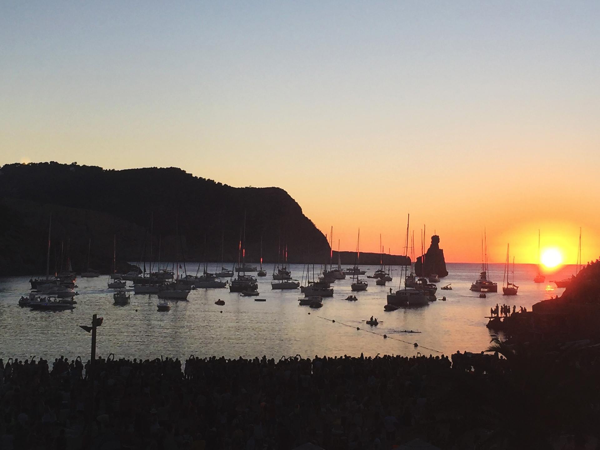 Elements Ibiza | Restaurant Beach Sunset