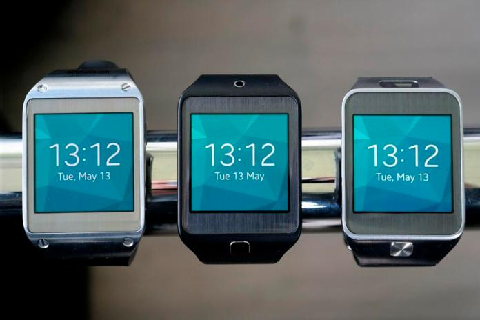 Galaxy Gear running Tizen rooted