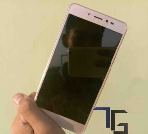 Coolpad-Note-5-Review-Front-View