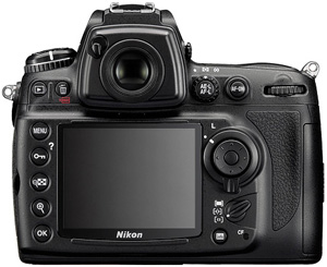 Nikon D700 previewed in the Technofile