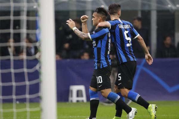 Lautaro Martinez and Antonio Candreva on target as Inter down Dortmund