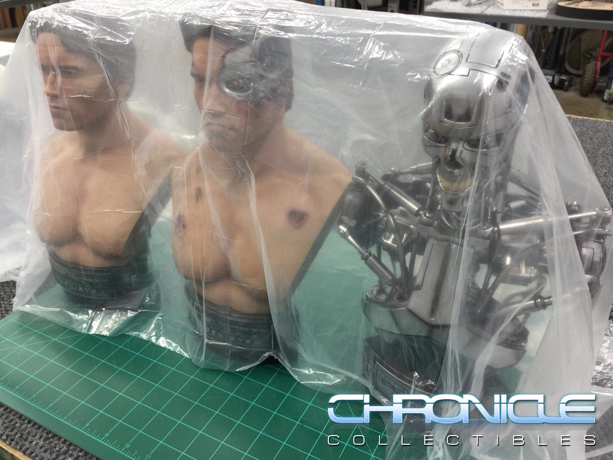 Chronicle Collectibles 1:2 Scale Terminator Genisys T-800 Previews and Possible T6 Collectibles