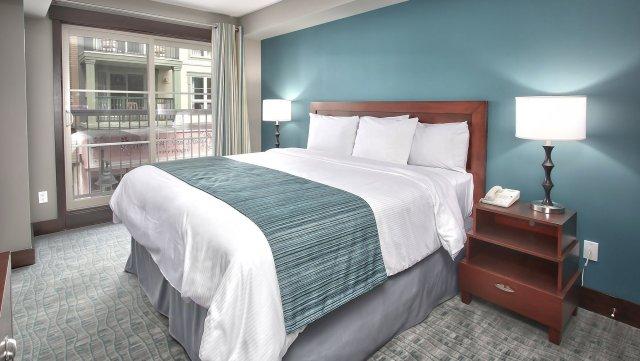 Blue Mountain Mosaic Suites