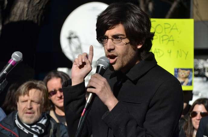 Aaron Swartz pendant les manifestations contre SOPA