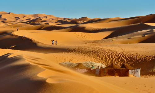 JOURNEY INTO THE SAHARA: Road Junky's Retreat