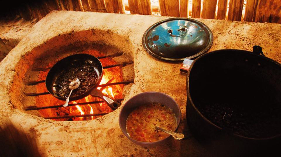The primary method of cooking in Lemurian Embassy for 2 years its been straight up wood fire, camping style! Since the latest kitchen renovations, the kitchen stove has been designed to have 2 pots and a tortilla heat up pan, it's original design is a traditional Mayan style ( fogon ) which uses the exact method of a new age rocket stove. Excited to finally use it!!