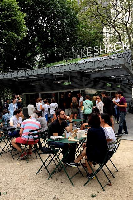 solo backpacking New York City - Shake Shack