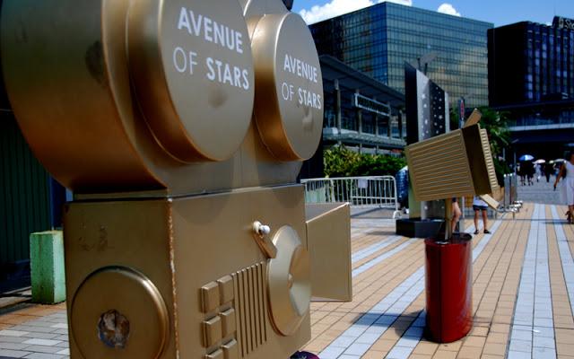 3 Days Hong Kong on a budget - Avenue Stars