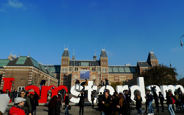 Solo Backpacking in Europe: Amsterdam - chilled in city of freedom