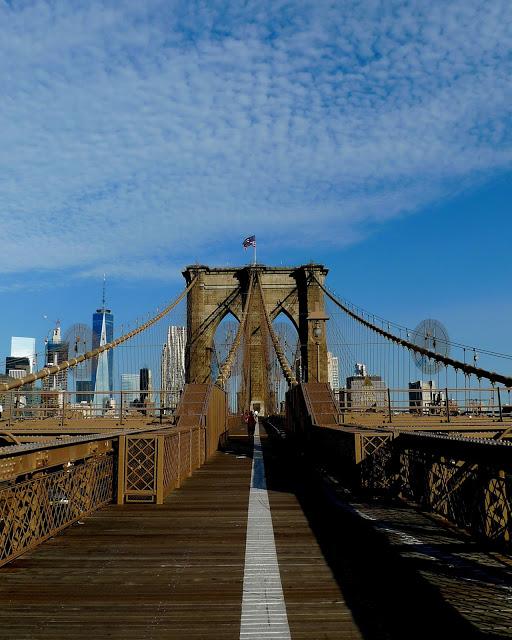 solo backpacking New York City Day 2 - Brooklyn Bridge