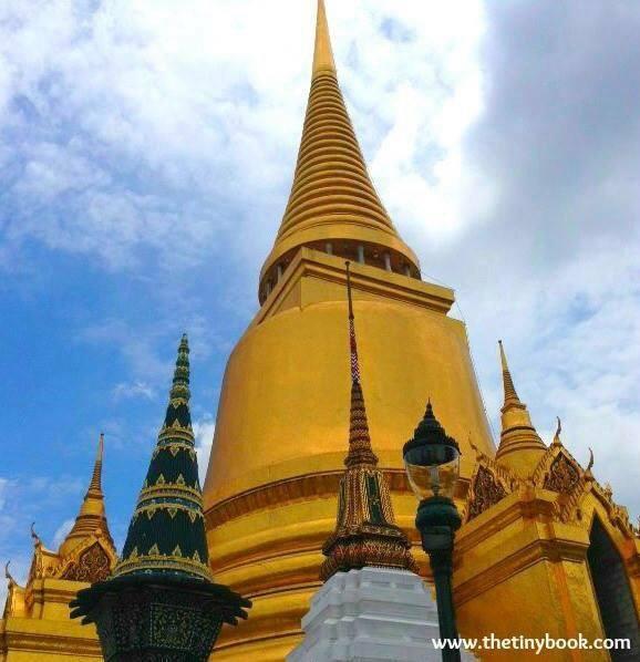 Golden Pagoda Wat Phraw Kaew (Photo by ©Orange Sarasota).