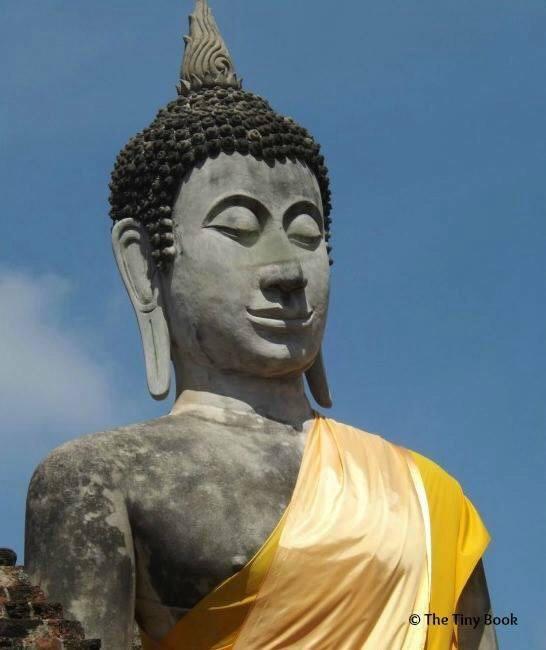 Wat Yai Chai Mongkhon.