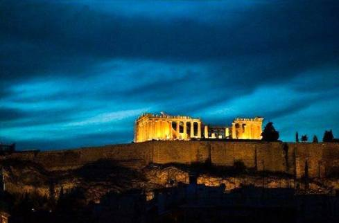 Night view of the Acropolis, Athens. what to do in Greece during May