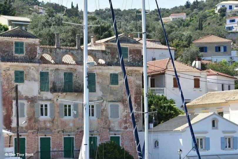 Sailing the Ionian with children. Port of Paxos