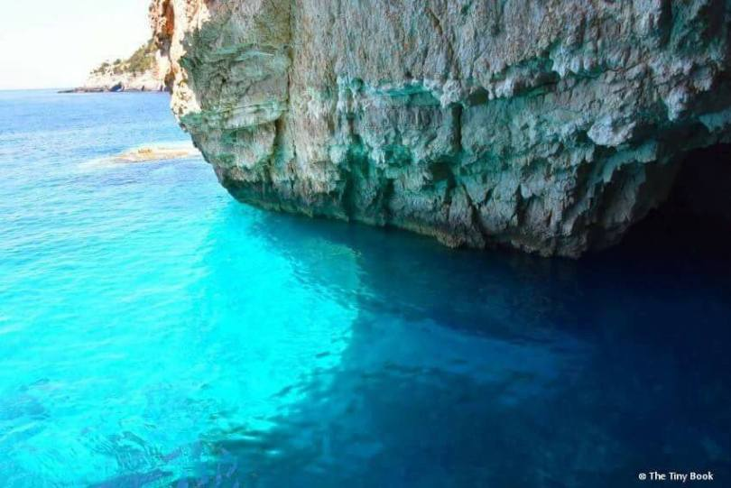 Sailing the Ionian with children: Paxos and Antipaxos. Inside the Blue Caves.