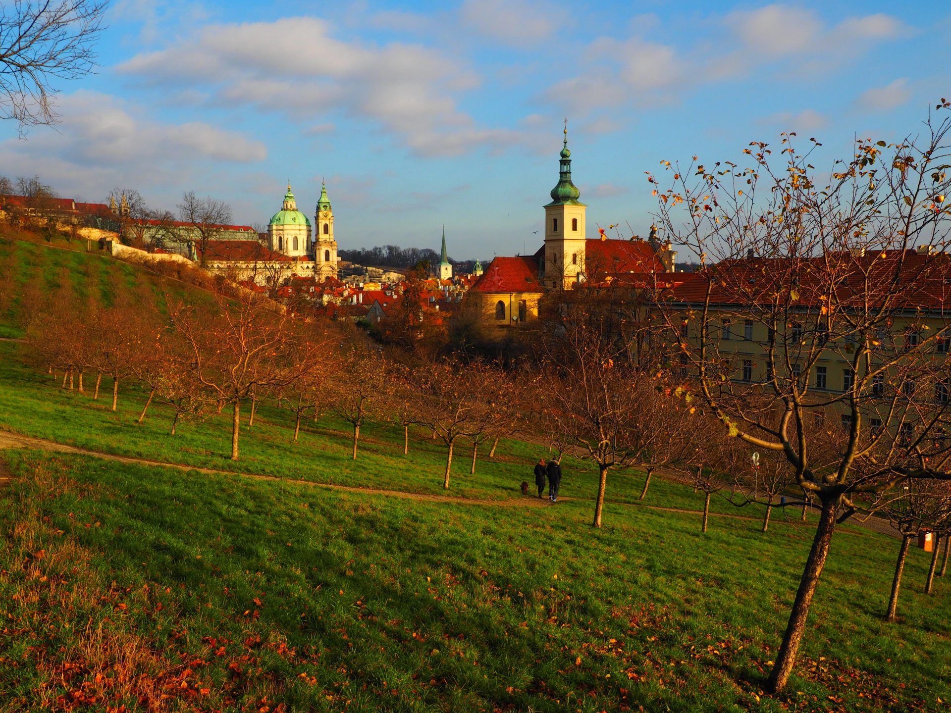 Autumn is coming: in Prague- part I - The Tiny Travelogue
