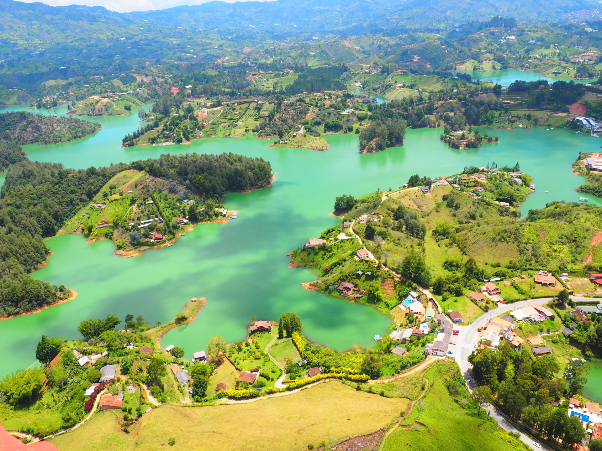 Guatape a day at the lovely lakes of guatapé, colombia - the tiny travelogue