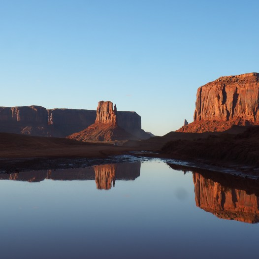 Monument Valley - Utah / Arizona - reflections of the Elephant