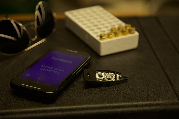Το τσιπ του πιστολιού μεταφέρει τα στοιχεία μέσω WiFi ή Bluetooth