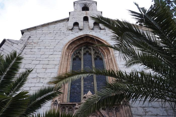 ΑΓΓΛΙΚΑΝΙΚΗ ΕΚΚΛΗΣΙΑ ΑΓΙΟΥ ΠΑΥΛΟΥO νεογοτθικός αγγλικανικός ναός του Αγίου Παύλου χτίστηκε στις αρχές του 1840, σε σχέδια του αρχιτέκτονα Christian Hansen.