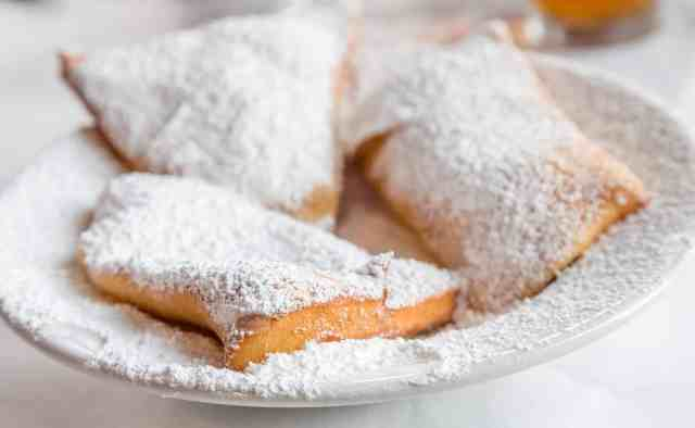 Beignets with powdered sugar. OMG! things to do in new orleans french quarter